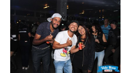 Baile Flash Back Discoteca com Dj